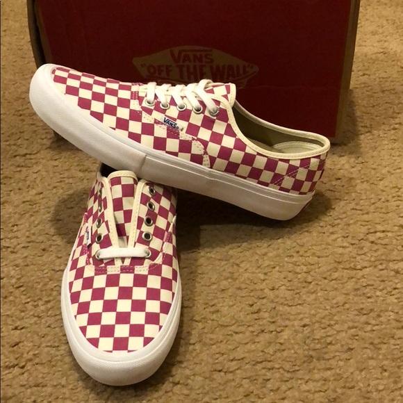 vans authentic lo pro checkerboard